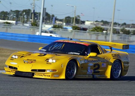 Picture of the Corvette C5-R driven by Dale Earnhardt.