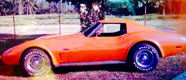 Logan County Arkansas Sheriff's Office seeks information on Stolen 1976 Corvette
