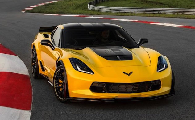 First Limited Edition 2016 Corvette Z06 C7.R Sells for $500K at Barrett-Jackson