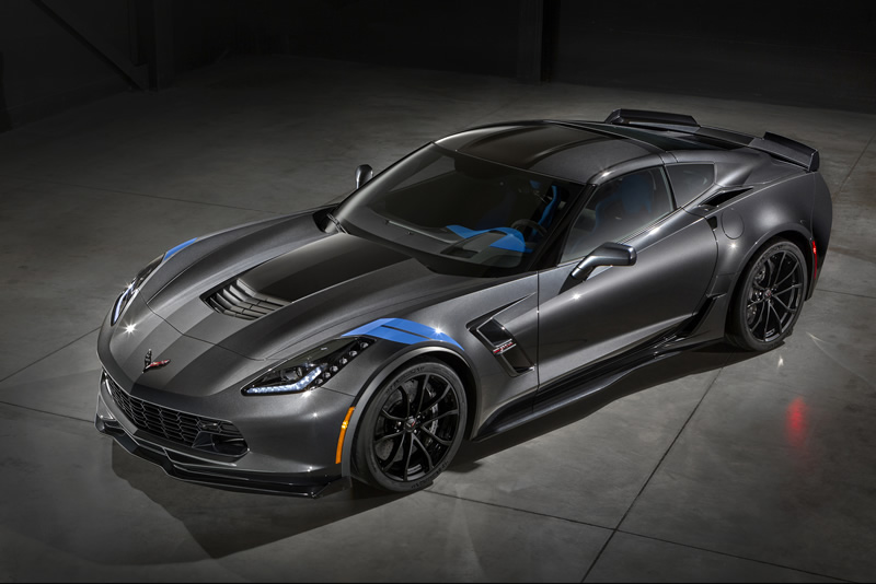 2017 Corvette Grand Sport is a Track-Focused Stingray with Racing Roots