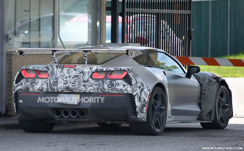 First Clear Spy Shots of the 2018 Corvette ZR1