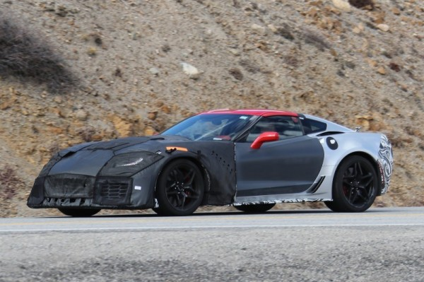 [VIDEO] 2018 Chevy Corvette ZR1 Prototypes Spied Testing in the Mountains