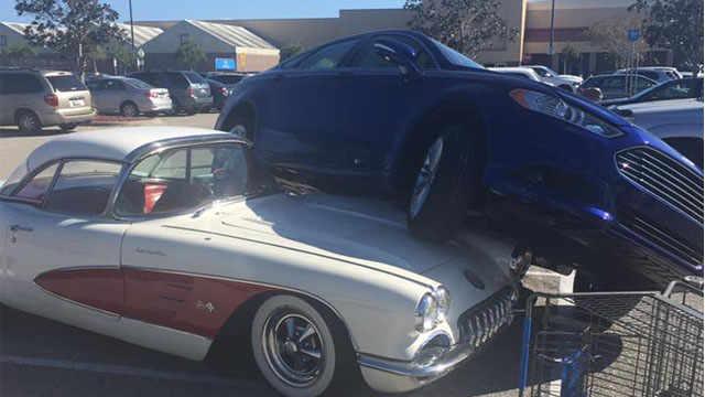 [VIDEO] 1959 Corvette Parking Mishap at Walmart