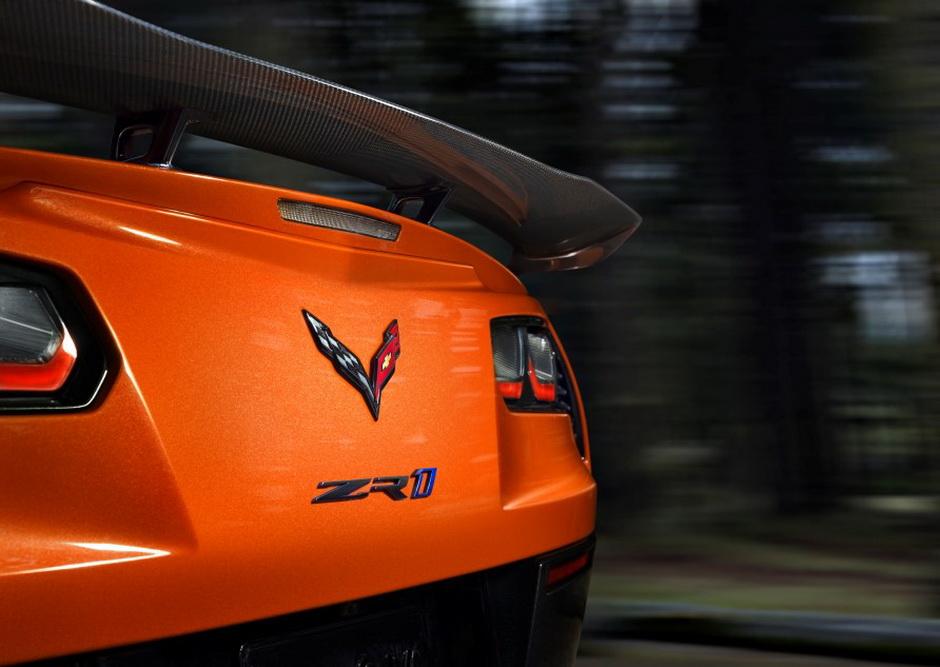 2019 Corvette ZR1 – First Official Press Photos from Dubai #zr1 #corvette